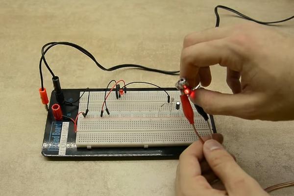 Лазерная сигнализация своими руками