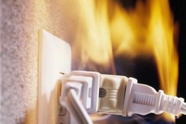 Причины возгорания электрооборудования