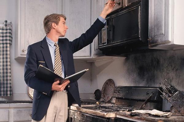 Оценка ущерба после пожара в квартире