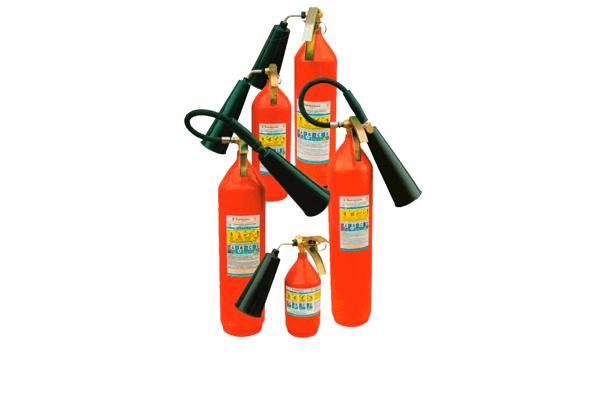 Углекислотный огнетушитель для локализации пожара на газовом предприятии