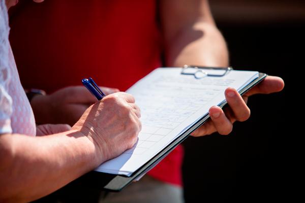 Сбор подписей у жителей подъезда для разрешения на монтаж видеонаблюдения
