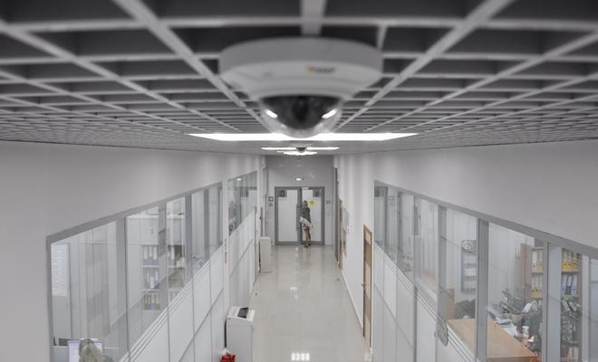Видеонаблюдение в офисе - ТОП готовых комплектов, особенности установки