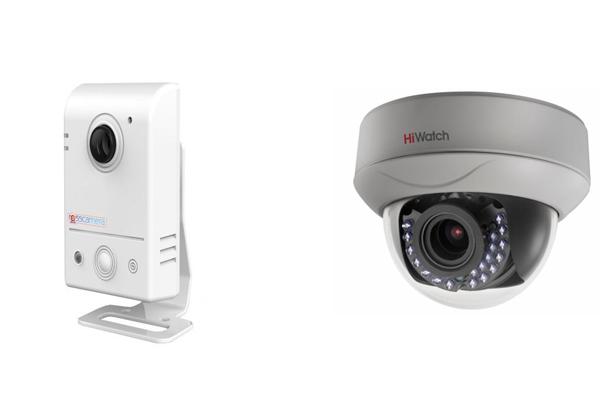 Цифровая камера видеонаблюдения Ross-F180-PIR и камера AHD HiWatch-Ds-T207