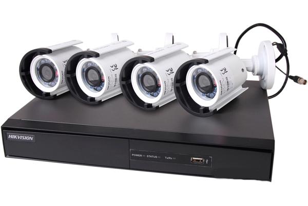 Комплект аналогового видеонаблюдения Hikvision Turbo HD DS-J142I 4OUT
