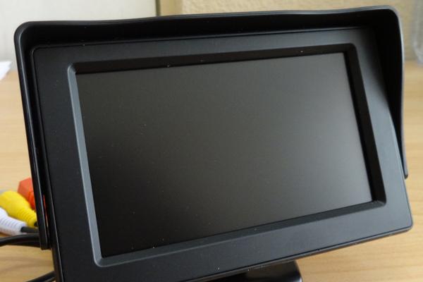Монитор для видеонаблюдения в многоквартирном доме