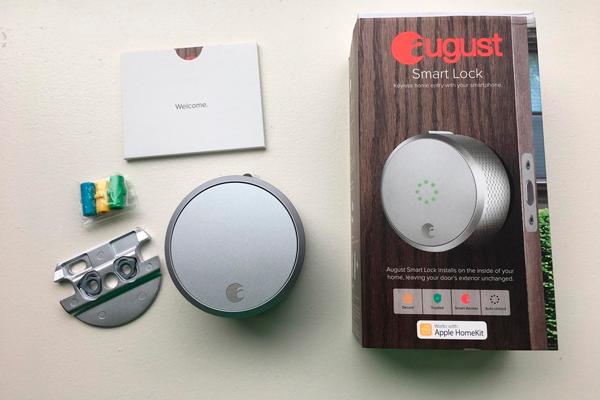 Замок August Smart Lock в комплект к Apple Home Kit