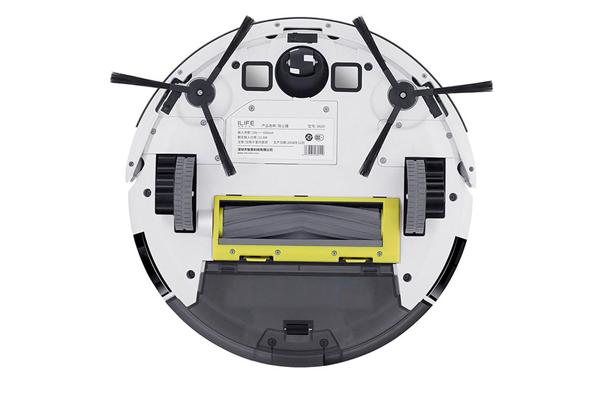 Вид с под низу робота-пылесоса iLife x620