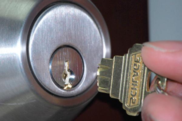 Обращение в аварийную службу из-за поломки ключа