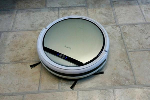 Внешний вид робота-пылесоса iLife v50