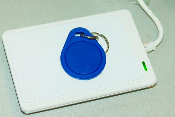 Прибор для дублирования ключей Mifare
