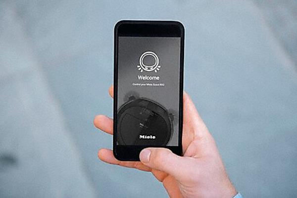 Управление роботизированным пылесосом Miele SLQL0 Scout RX2 с помощью смартфона