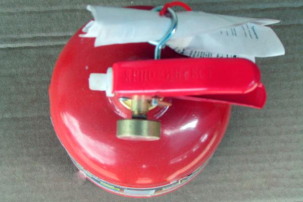 Вид сверху порошкового огнетушителя ОП-1