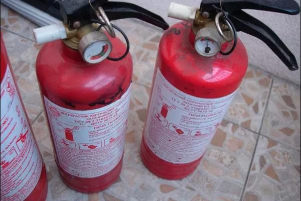 Порошковый огнетушитель ОП-1