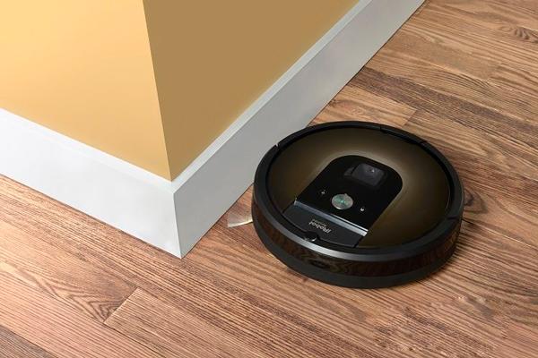 Дизайн робота-пылесоса iRobot Roomba 980