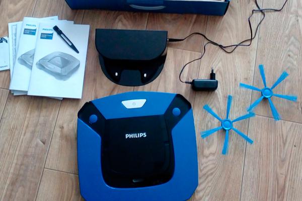 Комплектация роботизированного пылесоса Philips SmartPro Easy FC8792/01