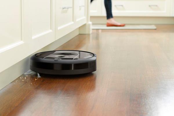 Умный пылесос iRobot Roomba i7+
