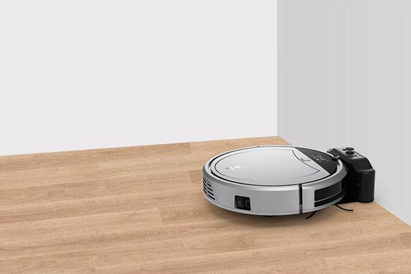 Процесс автоматической зарядки умного пылесоса Xiaomi Viomi Internet Robot Vacuum Cleaner VXRS01