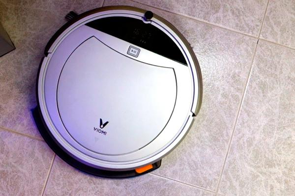 Внешний вид робота-пылесоса Xiaomi Viomi Internet Robot Vacuum Cleaner VXRS01