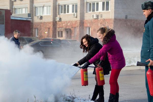 Учебная тренировка по борьбе с пожаром