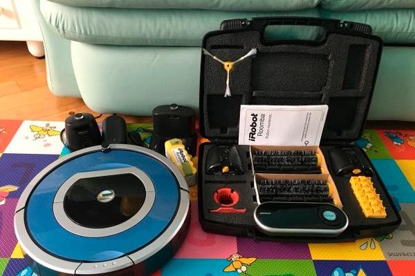Комплектация роботизированного пылесоса Irobot Roomba 790