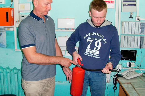 Проверка арендуемого помещения на наличие первичных средств пожаротушения