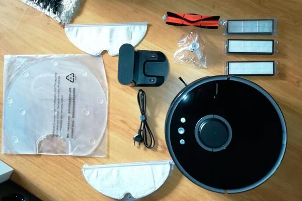 Комплектация робота-пылесоса Xiaomi Mi Roborock Sweep One S55: