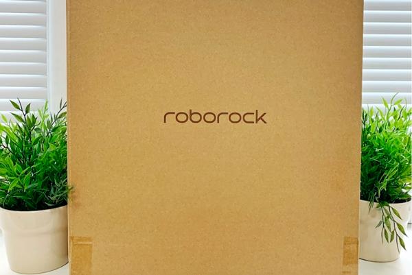 Робот-пылесос Xiaomi Mi Roborock Sweep One S55 в коробке