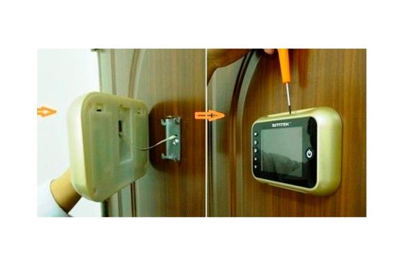 Процесс установки видеоглазка проводного типа