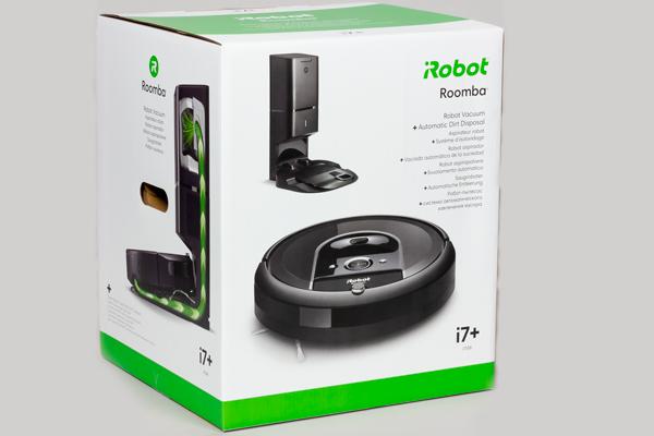 Робот-пылесос iRobot Roomba i7+ в коробке